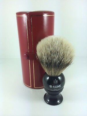 KENT BLK4 Traditional medium sized,pure silver-tipped badger brush.
