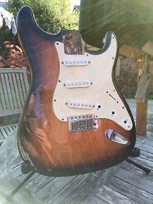 Fender Squier Strat body project solid tonewood