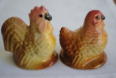 Vintage Pair Darbyshire Hen & Rooster Salt & Pepper Shakers Chicken