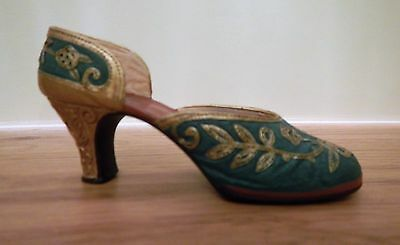 Just The Right Shoe by Raine - Carved Heel - 25096 - collectable shoes