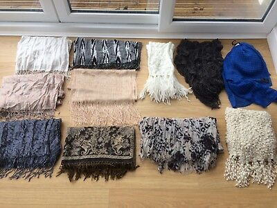 Ladies scarves (x 11)