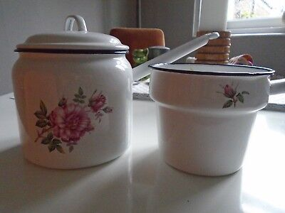 2 enamel cooking pans