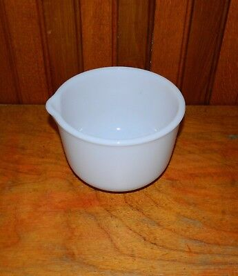 VTG Sunbeam Mixing Bowl with Spout