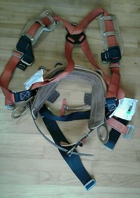 Klein Tools LH5249-22-L Harness with Std-Plus Full-Floating Body Belt Large