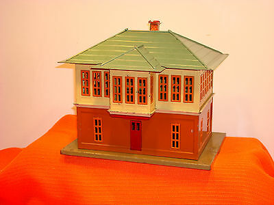 1920 - 30's Lionel 437 Station Switch Tower with Orignal Box