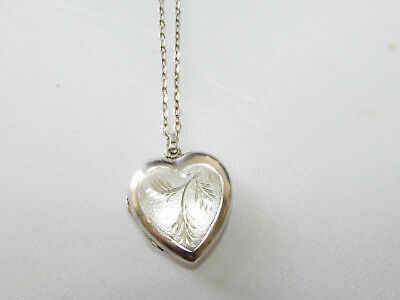 Vintage solid silver heart shaped pendant locket & silver chain