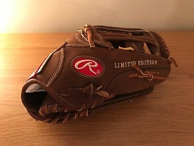 Rawlings Heart of Hide Softball / Baseball Glove
