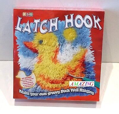Latch Hook: Make Your Own Groovy Duck Wall Hanging Craft Kit - Ksg - New