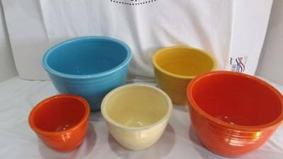 Rare Vintage Set Of 5 Fiestaware Nesting Mixing Bowls In Great Condition.