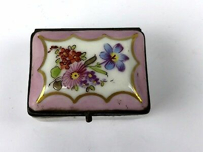 Early Signed Meissen Porcelain Patch Box With Hand Painted Flower Bouquet