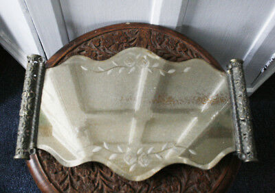 Vintage style mirrored dressing table tray for jewellery or trinkets