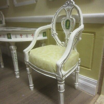 1/12TH Scale Dolls House Quality Furniture   Table and Chair set   8045