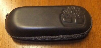 Timberland Spectacles Sunlasses Hard Case - Brown - zip fastener.
