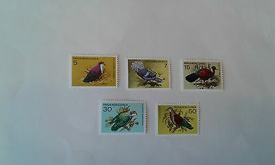 papua new guinea stamps 1977