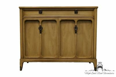 WHITE of MEBANE Contemporary French Style 40″ Buffet / Server 7504-73