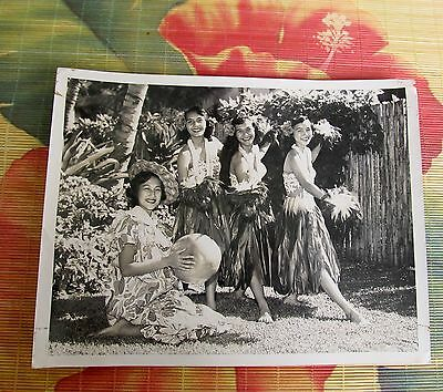 RARE Hawaii 1950's Original Photo KENT GHIRARD'S HULA NANI TROUPE Dancers 8 x 6""