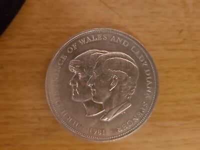 £5 Crown Coins 1981 Marriage of Charles and Diana