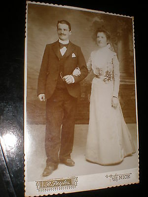 Old cabinet photograph wedding couple by peyloz at Nice France c1900s