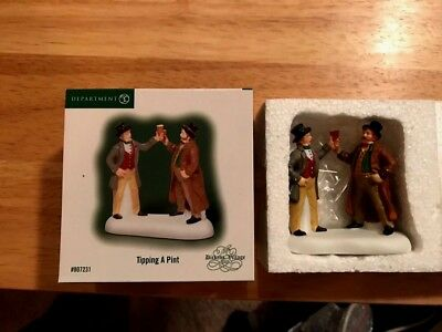 Dept 56 Dickens' Village TIPPING A PINT w/box #807231