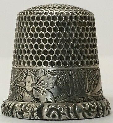 Ketcham & McDougall Sterling Thimble - Damask Lilly - Cat.#145 - c1890s - Size 8