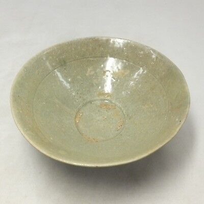 A172: REAL old Korean Goryeo Dynasty blue porcelain bowl with appropriate tone