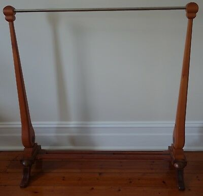 Deco style wooden clothes rack stand