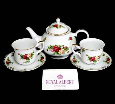Vintage 2006 Royal Albert Old Country Roses tea for two including teapot