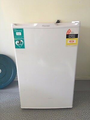 Hisense HR6BF121S 120 Litre Bar Fridge Refrigerator