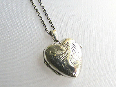 Vintage solid silver heart shaped locket pendant & chain