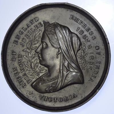 Queen Victoria - 1897 Jubilee and Longest reign medal 70 mm