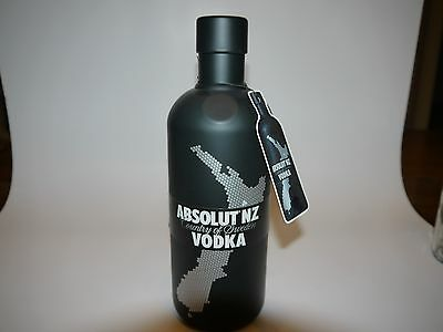 Absolut Vodka NZ New Zealand Neuseeland Case + Tag
