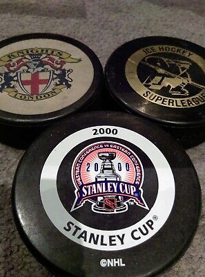 3 Ice Hockey Pucks stanley cup 2000