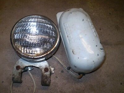 1940-50's DELTA BICYCLE WHIZZER HEADLIGHT SEALED BEAM WITH BATTERY BOX ORIGINAL