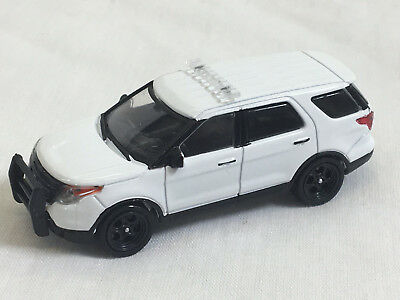 Greenlight 1/64 Blank White 2014 Ford PIU Police SUV (Explorer) Great 4 Customs