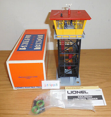 Lionel #2318 Railroad Control Tower O Gauge Toy Train Layout Accessory Operating