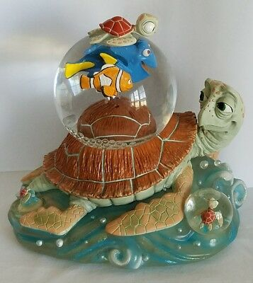 Disney Finding Nemo Crush and Friends Musical  Snow Globe Large