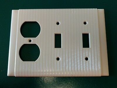 Vtg Uniline Bakelite Ribbed Electrical Combo Light Outlet Plate Wall Cover Ivory