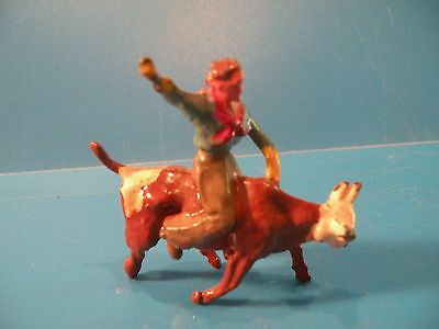 Cowboy Riding Bull steer Bull rider Western Crescent VTG lead toy soldier A9