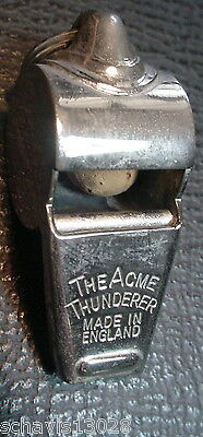 Acme Thunderer Coach & Police Whistle 1950's No 60 1/2 Made in England LOUD