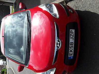 Hyundai I10 1.2 style low mileage full service history years MOT