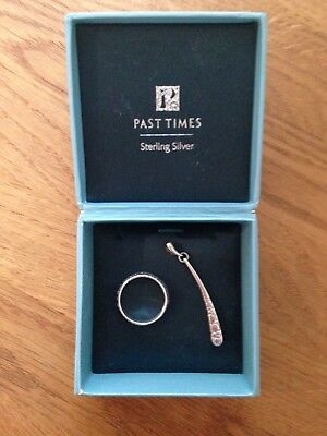 Pretty sterling silver ring and matching pendant (Past Times)
