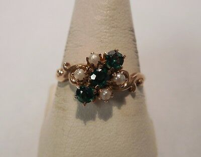 Vintage Victorian - 10K Yellow Gold - Green Stones - Seed Pearls - Ring