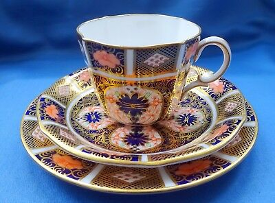 Royal Crown Derby Imari 1128 Trio Cup Saucer & Plate  Cypher Mark for 1931