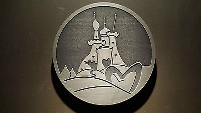 Disneyland Tokyo Alice in Wonderland themed queen of hearts restaurant plaque