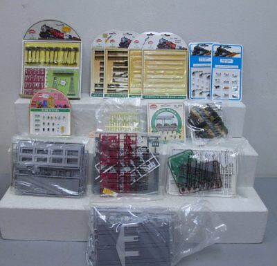 N Scale Building Kits & Scenic Items (14) LN/Box