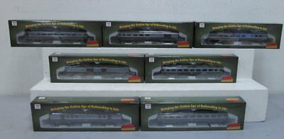 Roundhouse HO Scale New York Central Passenger Coaches (7) LN/Box