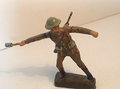 Lineol British Infantry Throwing a grenade.