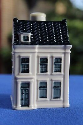 the brand new KLM house nr. 98 #98, sealed + collector card