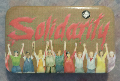 Solidarity Canadian Union of Public Employees CUPE Trade Union 1980s Pinback