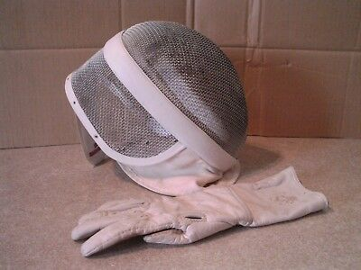 Paul Leon  Fencing  Mask Small With Glove
